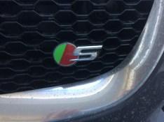 2017-Jaguar-F-Pace.13
