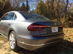 2017-VW-Passat-V6-SEL-10