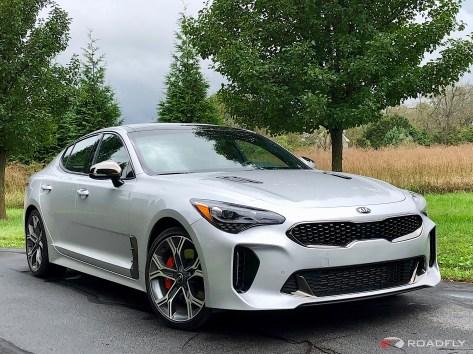 2018-Kia-Stinger-GT-01