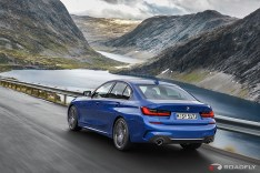 2019-BMW-3-Series-330i-330xi-06