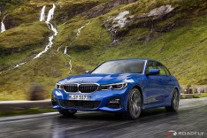 2019-BMW-3-Series-330i-330xi-10