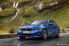 2019-BMW-3-Series-330i-330xi-10