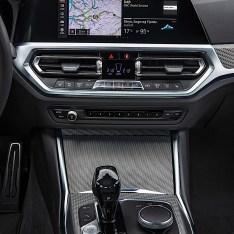 2019-BMW-3-Series-330i-330xi-38