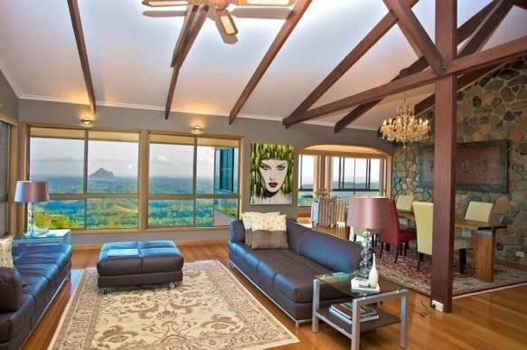 A recent real estate shoot in the beautiful Maleny hinterland overlooking the Glass House Mountains