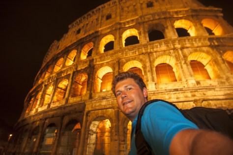 A selfie and FB check-in at the great colosseum... I WAS there!