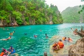 kayangan-lake-swimming-5