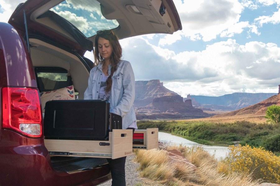 Cuisiner en mini-van pour les road trips