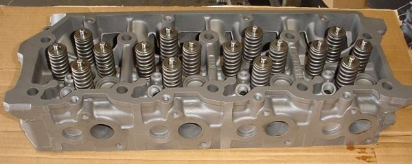 Ford 6.0L new cast cylinder heads