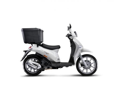 liberty-delivery-125-cbs-4s-e4-lat-dx-sr-top-box