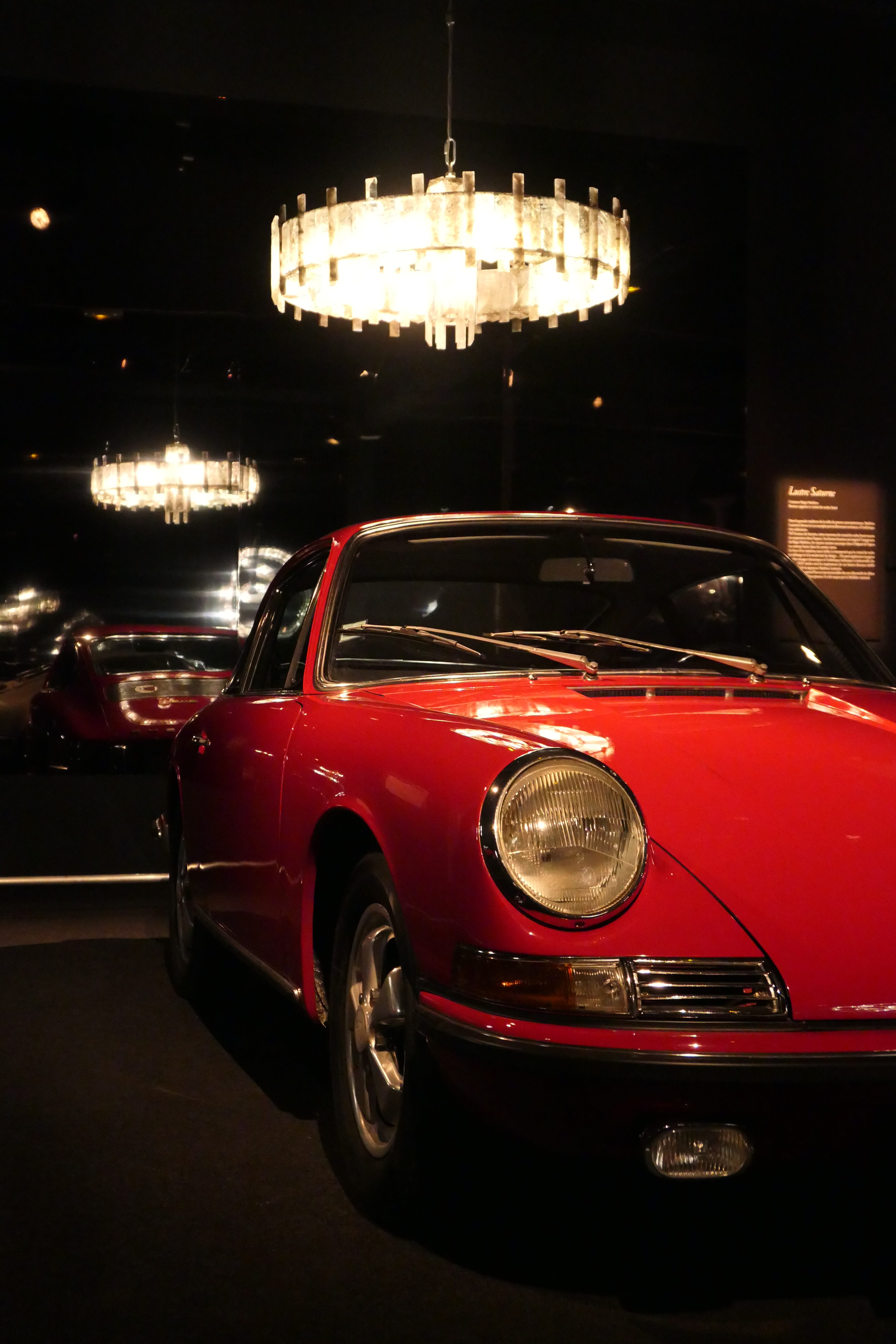 Porsche 911 S exposition exhibition regis mathieu cite de l'automobile mulhouse collection schlumpf road rug cars roadrugcars brothers car voiture auto automobile vintage car super car hyper car