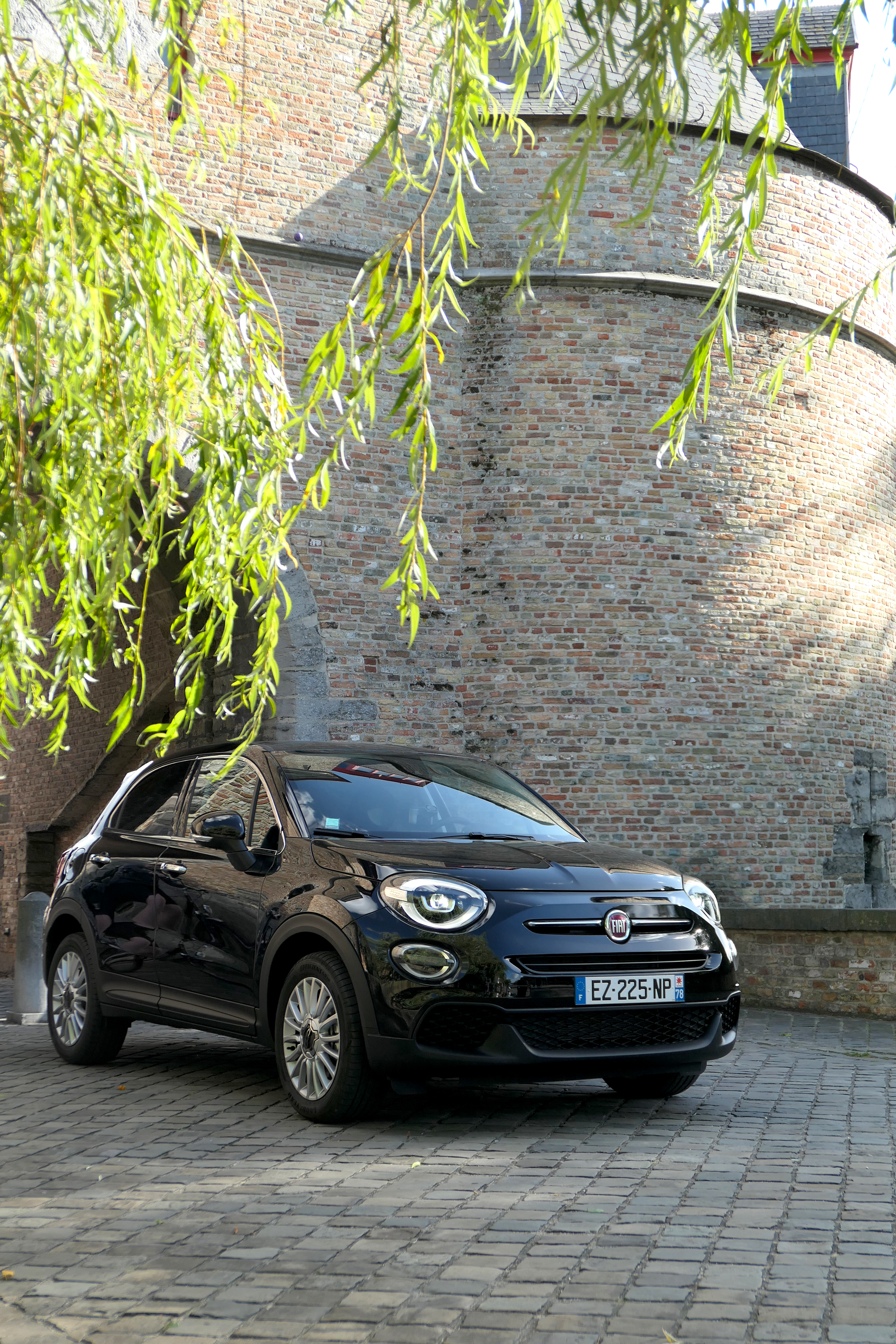 new fiat 500x in the city road rug cars roadrugcars brothers car voiture auto automobile vintage car super car hyper car
