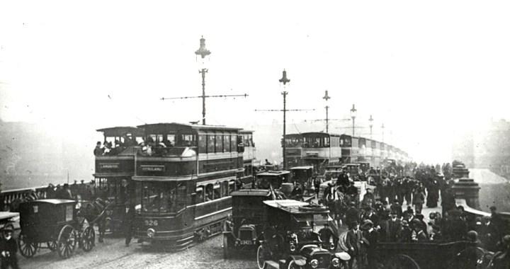 Glasgow Bridge traffic jam