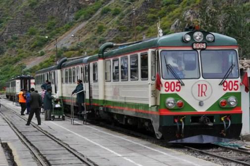 ollyantambo train