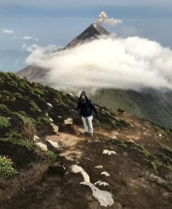Aussicht auf den Vulkan Agua vom Vulkan Acatenango aus