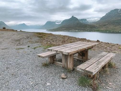 Campingtische auf Island Parkplätzen