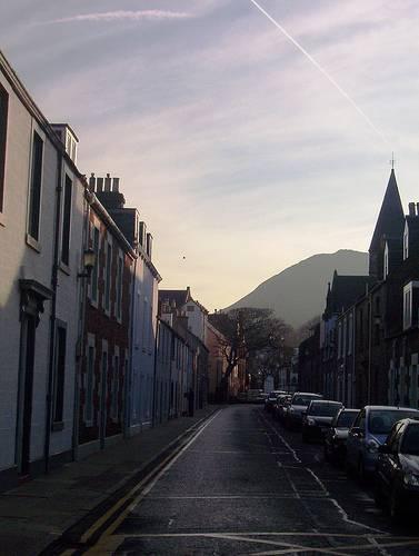 streets-of-north-berwick-scotland-by-paradasos-flickr
