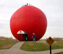 The Big Apple, Colborne, Ontario