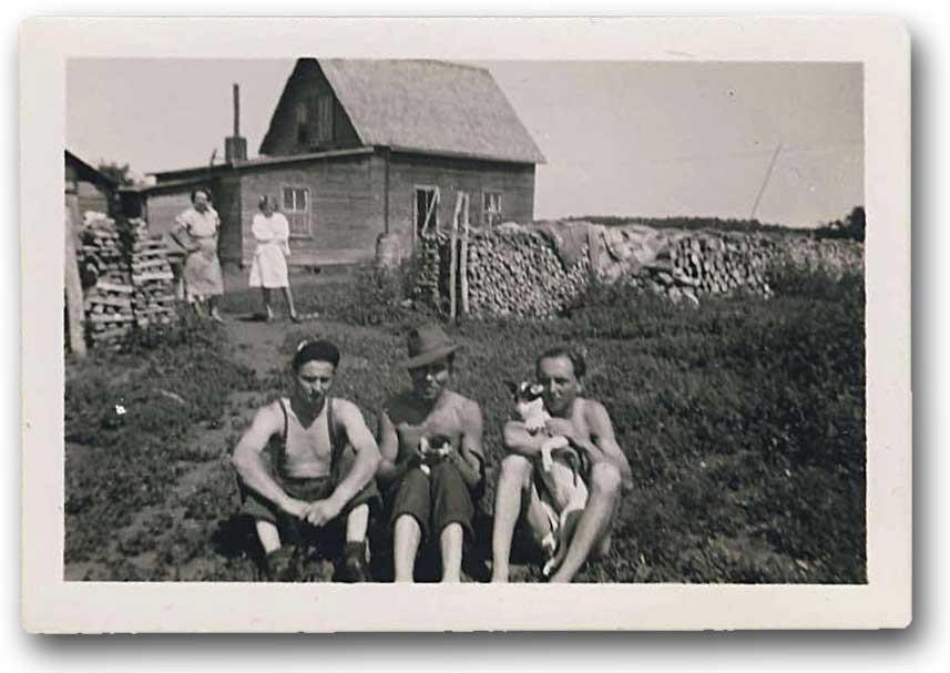 Farm in Yorkton, Saskatchewan 1940s