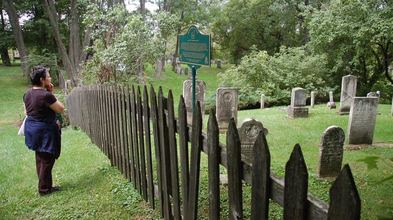 Lloydtown Pioneer Cemetery fence