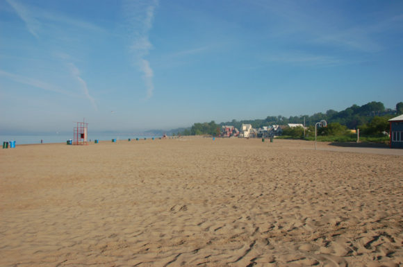 beach at Port Stanley