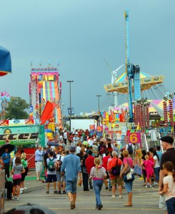 CNE 2010 midway