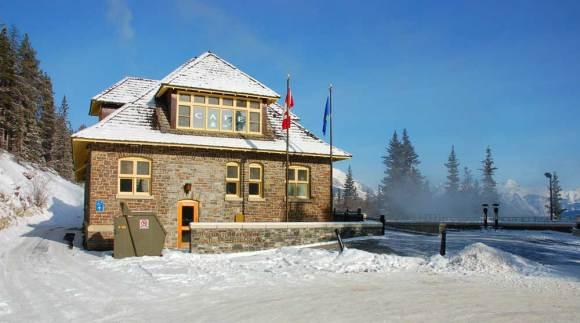 Banff-Upper-Hot-Springs