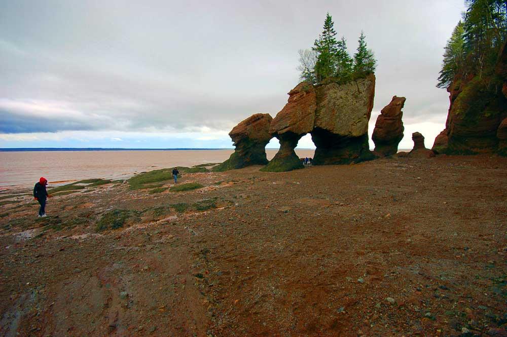 Hopewell-Rocks-New-Brunswick