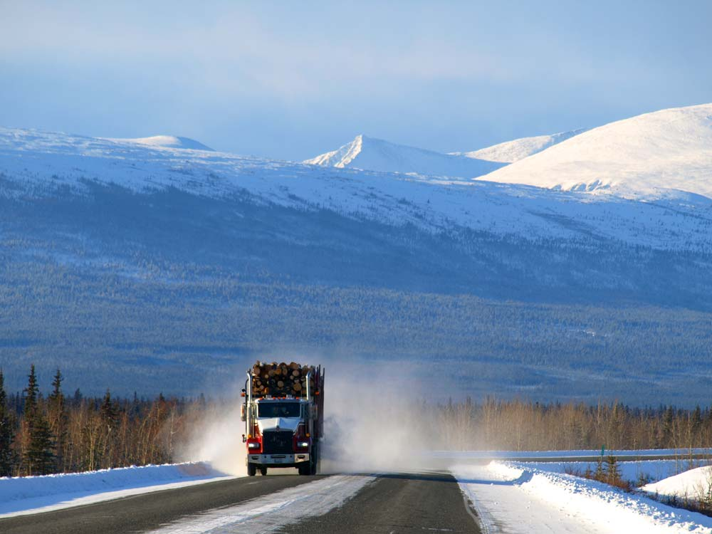yukon-winter-trucker