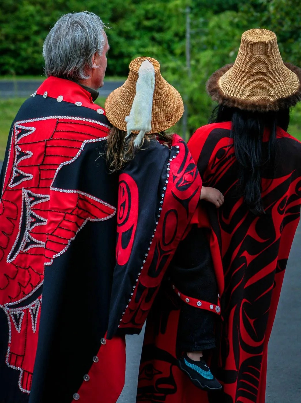 Haida Gwaii button blanket regalia