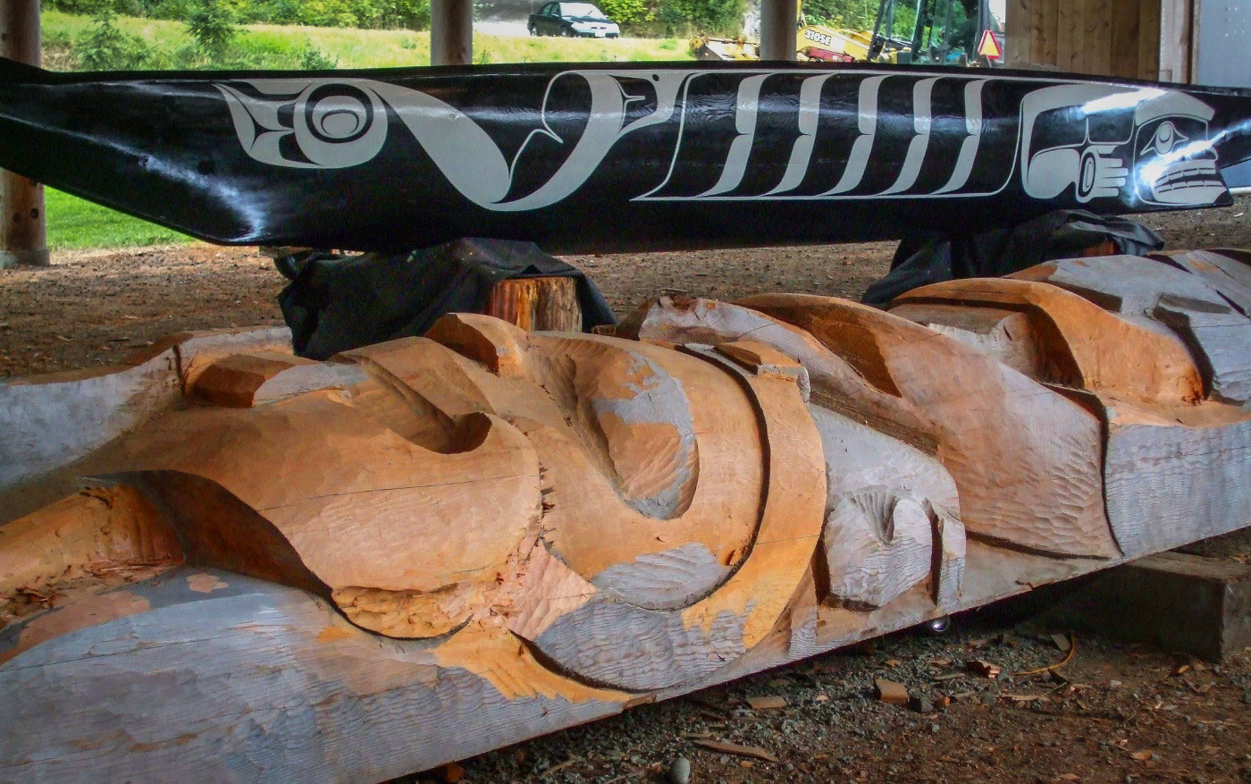 Canoe and totem at Haida Heritage Centre
