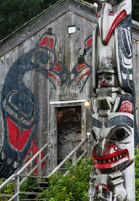 Sarah's Art Shop in Masset, Haida Gwaii