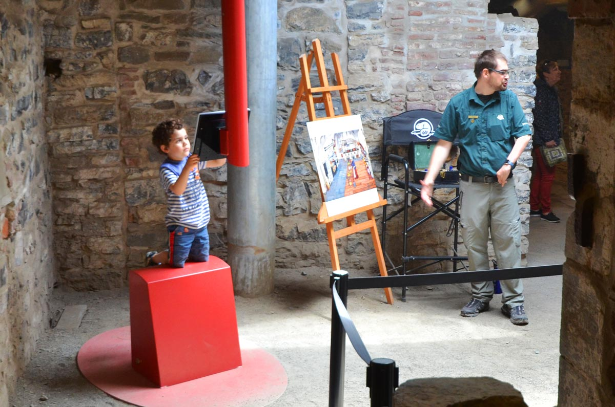 Saint-Louis-Forts-and-Chateaux-kid