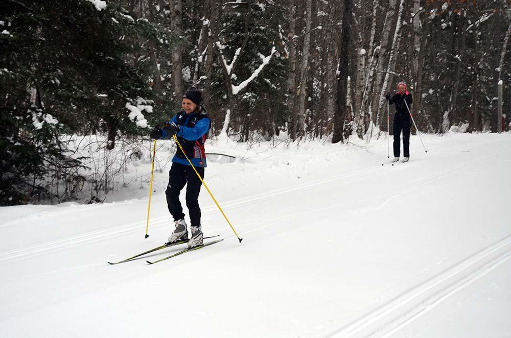 Arrowhead Provincial Park skiers