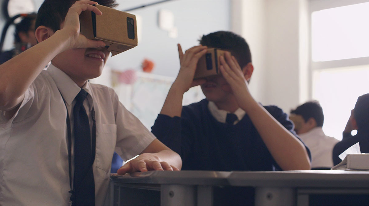 Google Expeditions Lets Students Take VR Field Trips To