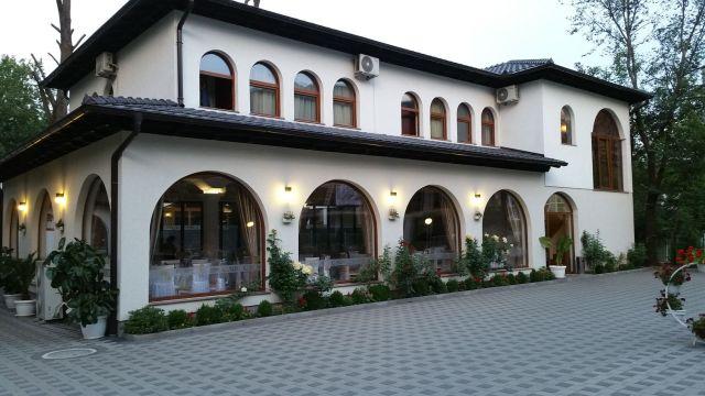 Hotel Camp Karagaq - Kosovo