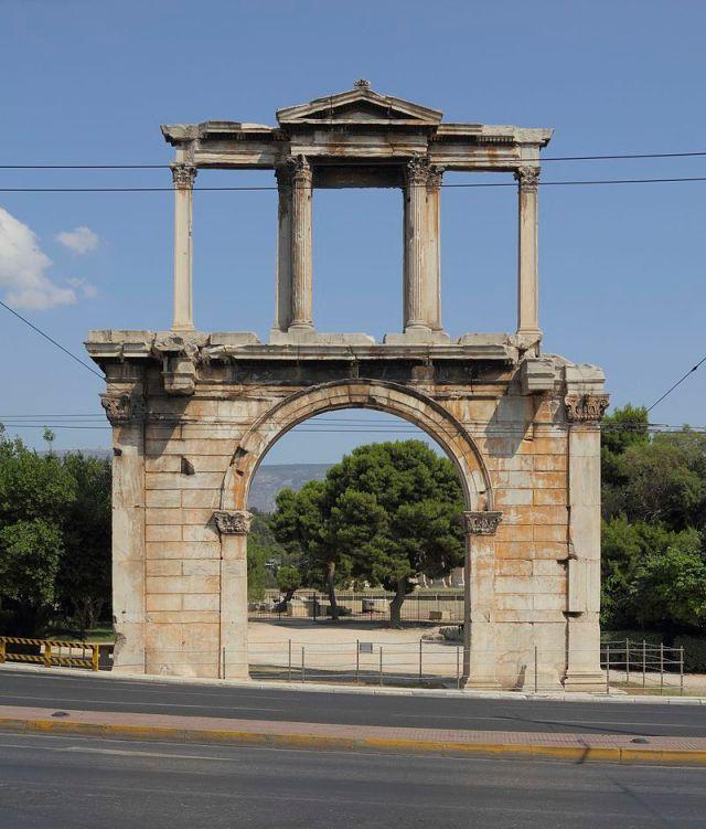 Porte d'Hadrien - Athènes (photo de A.Savin)