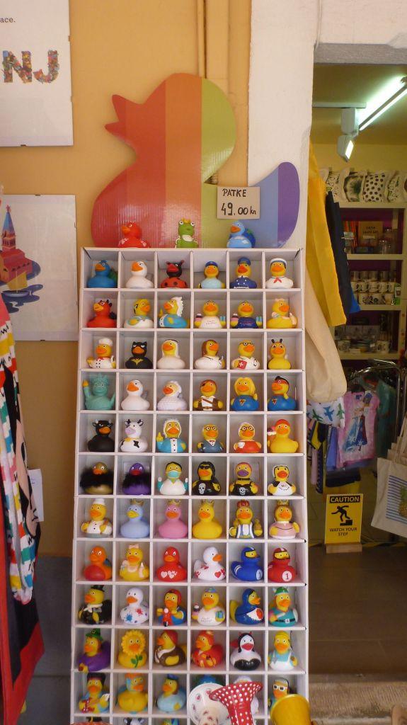 Une collection de canard à Rovinj