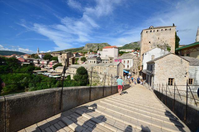 Vue depuis le vieux pont de Mostar - Bosnie-Herzégovine