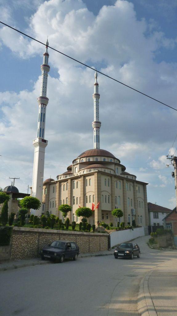 Mosquée près du canyon de Matka - Macédoine