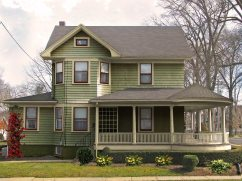 Victorian-Old-Homes-with-Wrap-Around-Porches.jpg