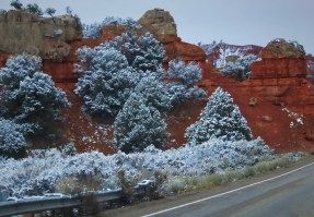 Bryce Canyon entrance in the snow