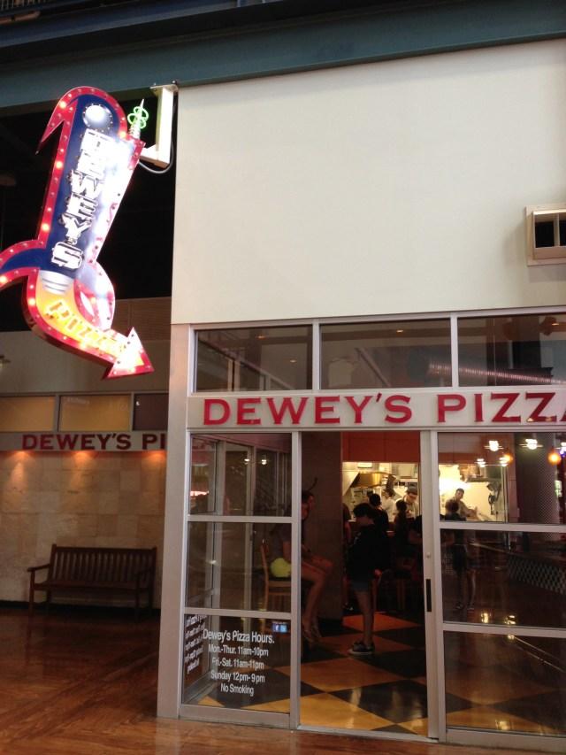 Walking Tour of Cincinnati Dewey's Pizza