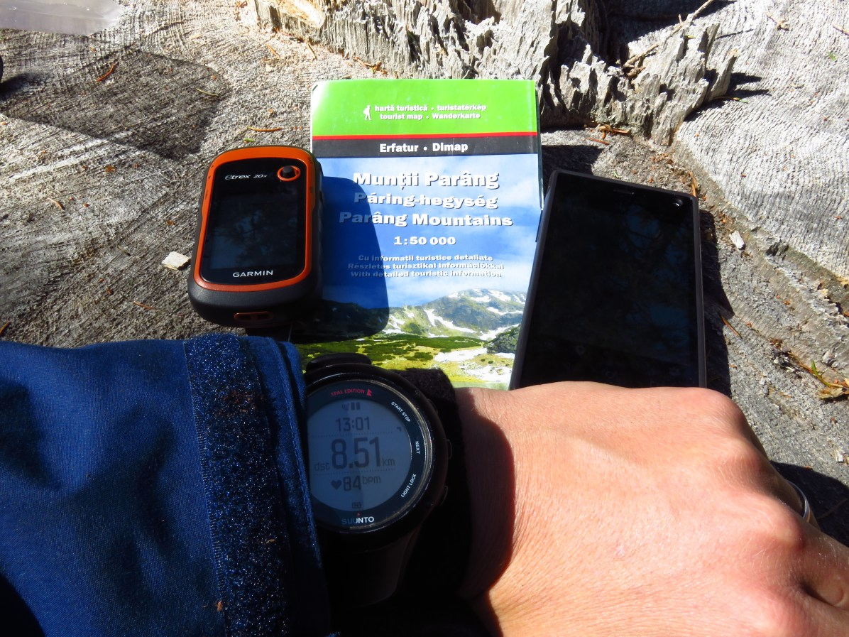 Full powers of navigation - GPS watch, GPS, map, phone