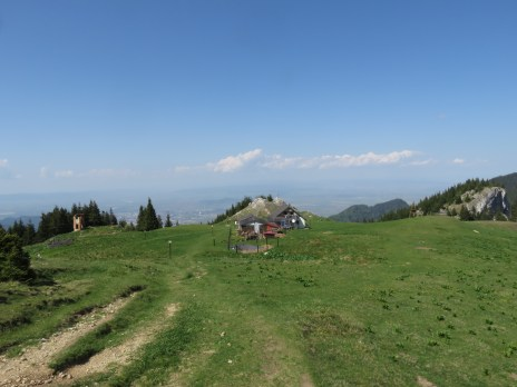 Cabana Piatra Mare, the remains of the old one to the left (it was destroyed in WWI)