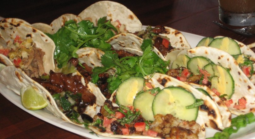 Instant-pot-carne-asada-tacos-roamilicious