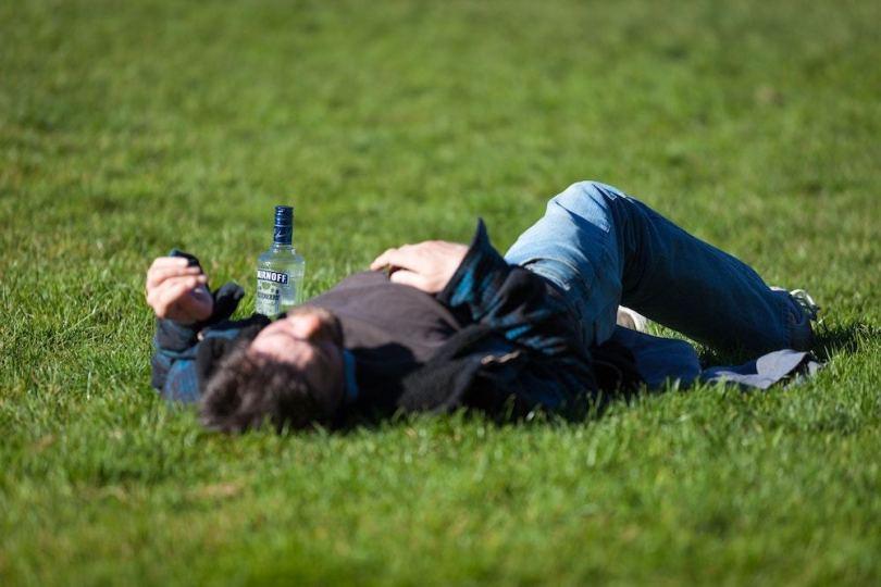 prevent-hangover-travel