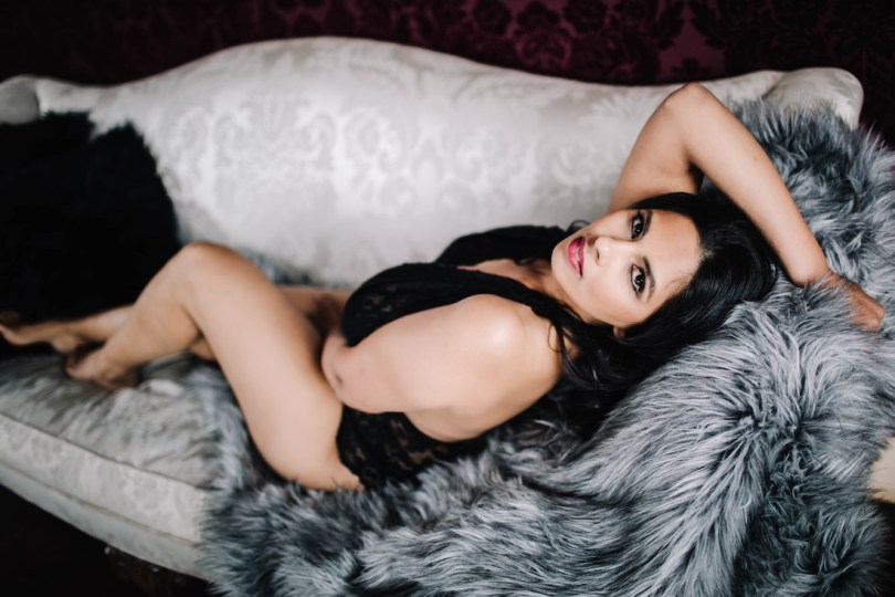 what-is-a-boudoir-photography-session-roamilicious