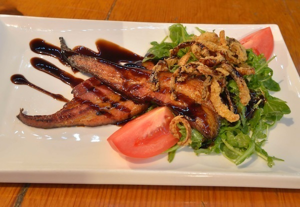 eclectic bar and bistro review