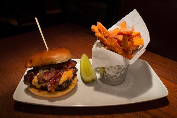 village-tavern-cheeseburger