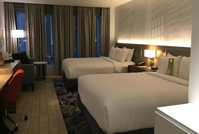 hotel Indigo Atlanta suite